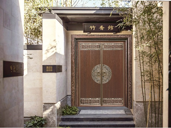 广东英德邓总别墅铜门——中式风格别墅铜门