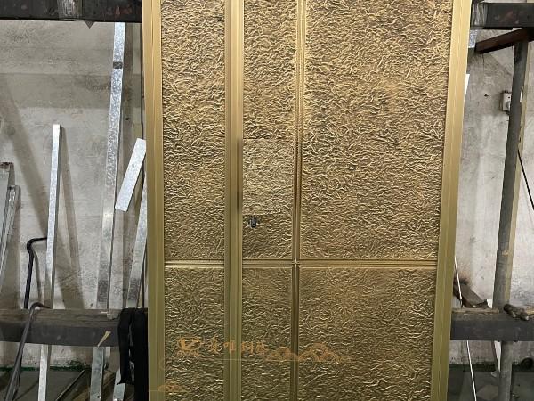 广东别墅铜门厂家爱唯铜艺——黄铜简约轻奢入户铜门