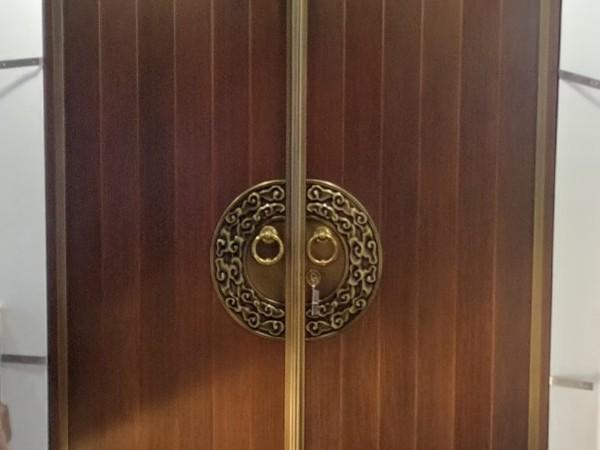 佛山铜门厂家爱唯铜艺别墅铜门——新中式别墅铜门
