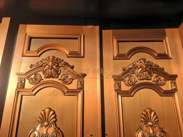铜门公司的铜大门怎么保养