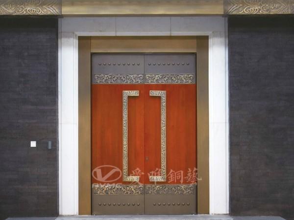 广东铜门厂家注重铜门品牌的建设