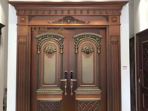 广东别墅铜门厂家爱唯铜艺——焊接工艺高温烤漆铜门