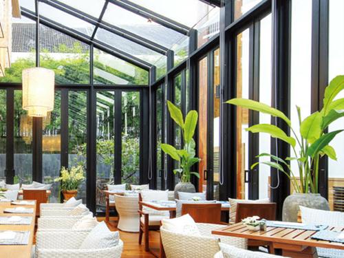 阳光地带是温暖的,阳光房的保养的常识您个get到了吗?