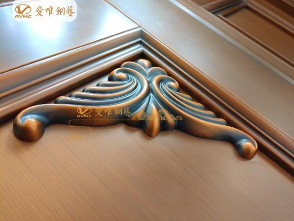 别墅铜大门的价格由铜门的那些因素来决定