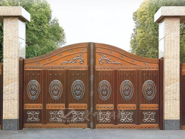 佛山的别墅铜门具有一种特别的质感