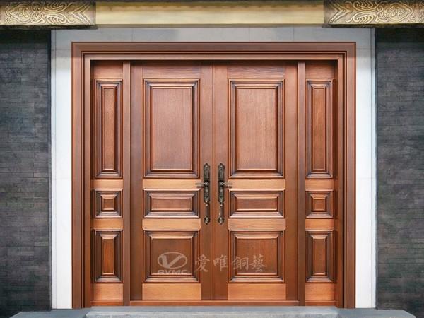广东爱唯铜门从化张总别墅铜门安装完毕