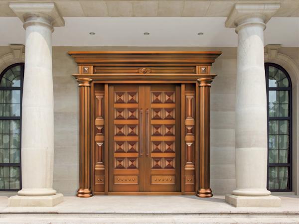 铜门厂家爱唯铜艺教您如何挑选别墅入户门