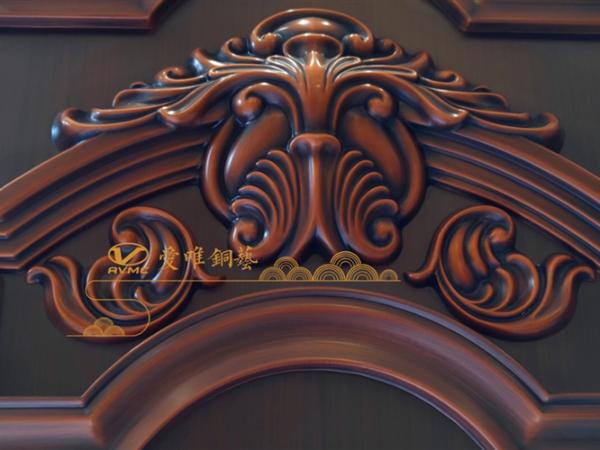 生产定制铜门需要特别注意铜门的材料细节