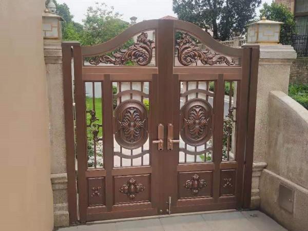 如何定制铜门的高度?
