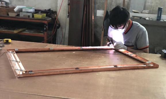 爱唯铜门纯手工焊接工艺